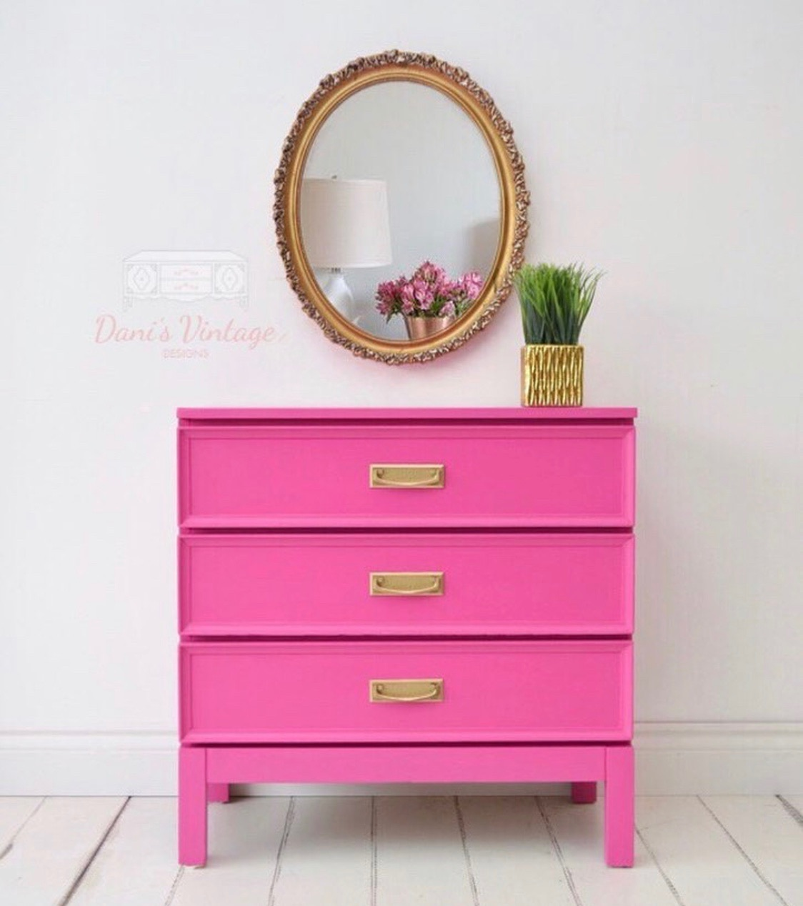 Just Paint It! By Dani. Furniture & Home Space Painter
